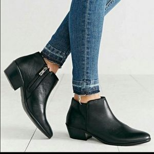 Sam Edelman petty black booties